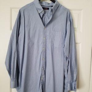 Roundtree and Yorke trademark long sleeve shirt